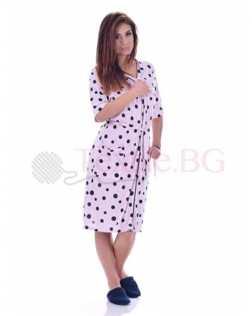 Kрасив дамски халат в два нежни десена на точки с декорация