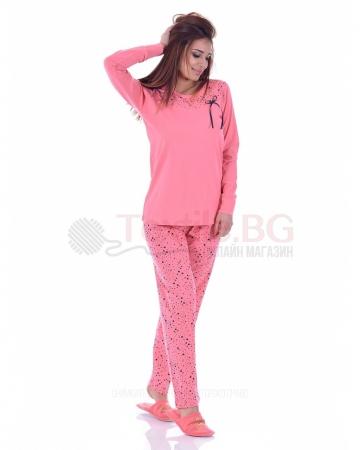 Памучна дамска пижама звездички в четири цветови комбинации с малка панделка