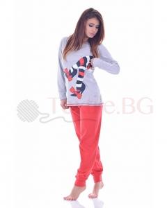 Памучна дамска пижама в четири комбинации със ситопечат чорапчета