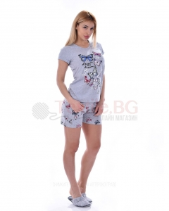 Дамска пижама къс ръкав и къс панталон с красиви пеперуди