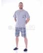 Стилна пижама къс ръкав с джоб в три комбинации с каре панталон